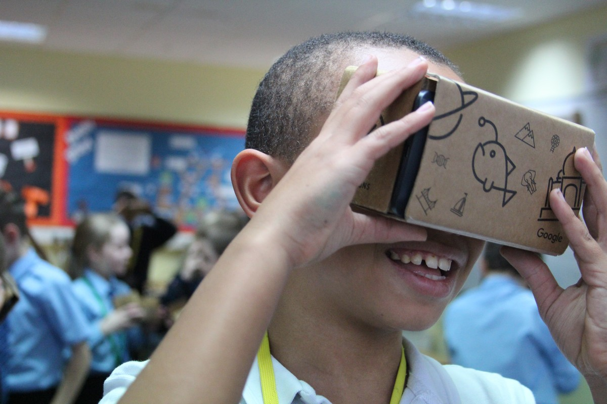 Lessons Taught in Virtual Reality