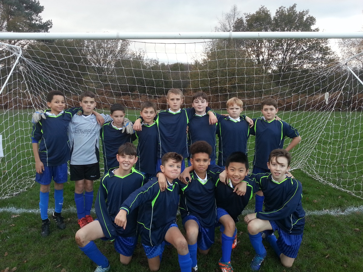 Year 6 Boys Football 26.11.2016