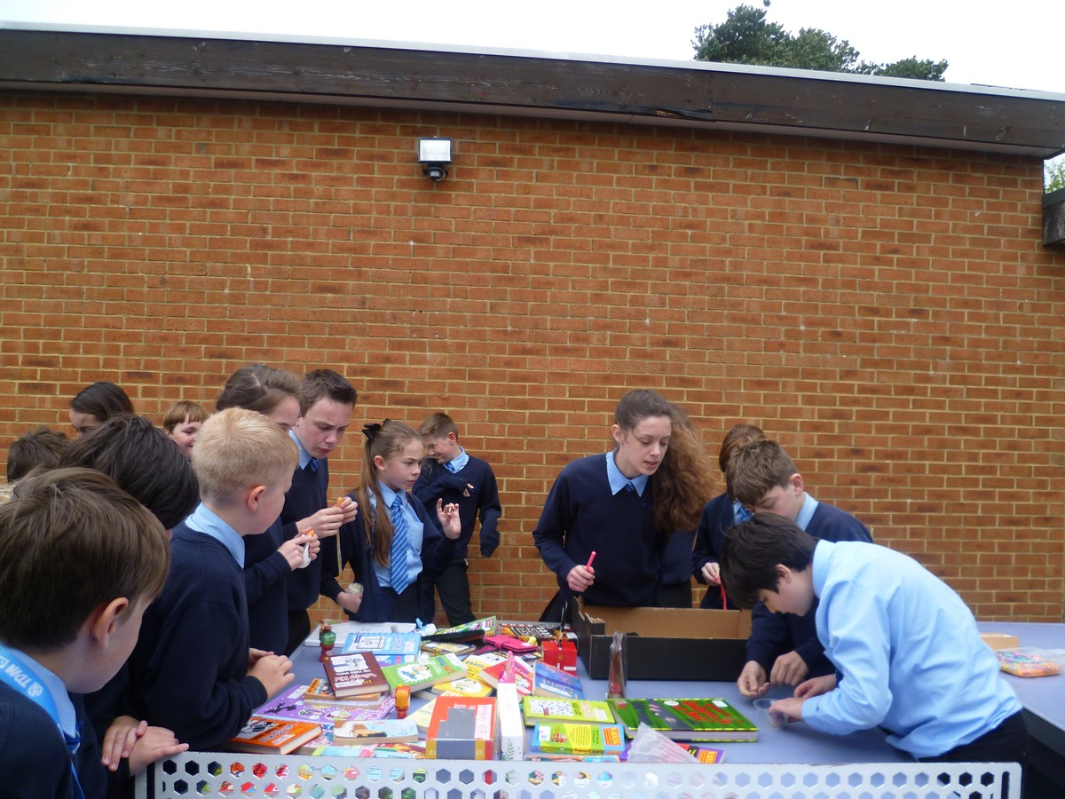 Year 8 Continue Their Fundraising