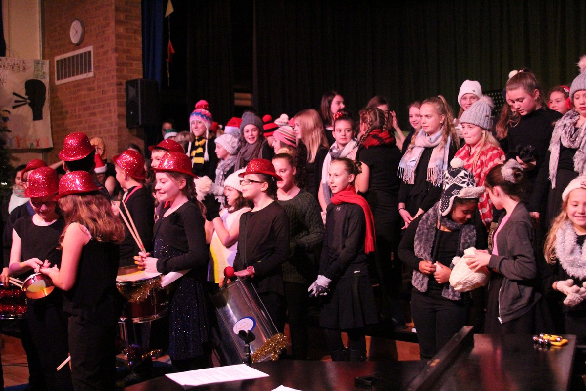 Christmas Concert 'Wows' Audience